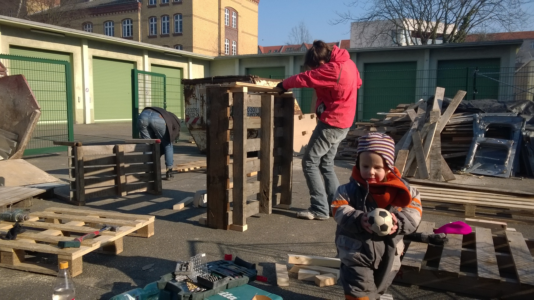 Haus bauen baustelle  Neues von der Baustelle | Burge